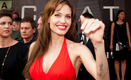 angelina jolie chicken pox